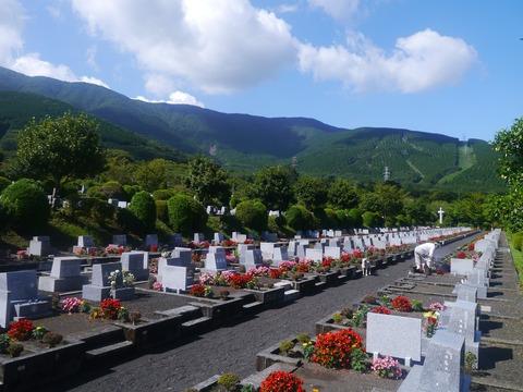 grave-1605706_1920