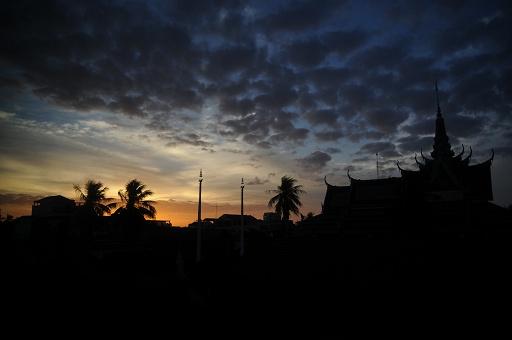 カンボジア黎明
