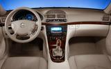 MY03_E-Klasse_Limousine_(IN)_320px