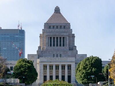 菅義偉「総理辞めます」 国民「よっしゃ!次は総理は誰や?!」