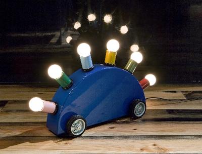 タイヤ付き照明