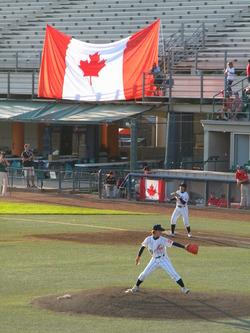 新宮・カナダ国旗