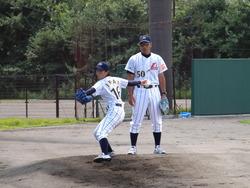 今井投手と新谷コーチ