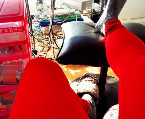 赤いタイツ