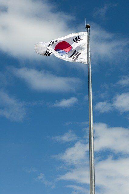 【異世界速報】朝日新聞さん「日本で韓国ドラマブームが再燃している」→