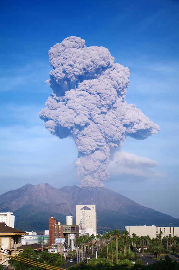 Sakurajima_20091003 個人的なことでちょうど気分が陰隠滅滅としていたところに桜