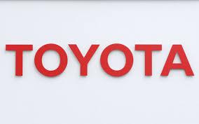 トヨタ「eモータースポーツ」本格参入 冠大会など