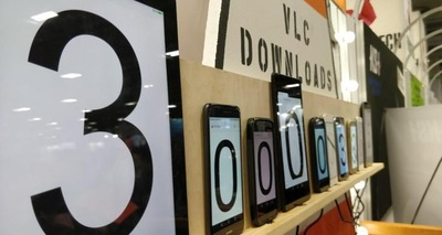 VLCがダウンロード数30億を突破してAirPlayをサポート、いずれネイティブでVRも