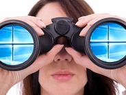 windows10-binoculars-woman_640x480