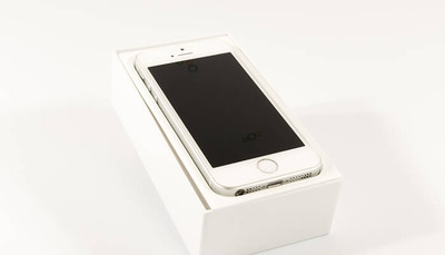 review-iphone-se-opened