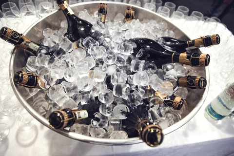 champagne-438448_1920