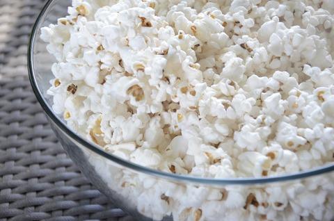 popcorn-802047_1920