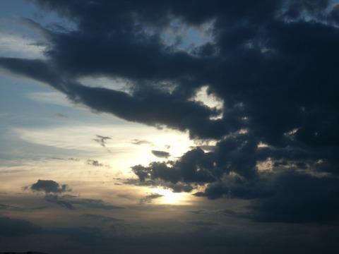 sky-82366_1920