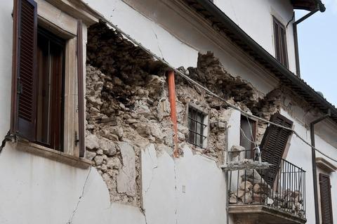 earthquake-1665881_1920