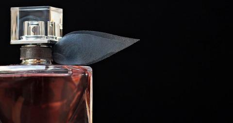 perfume-2142830_1920