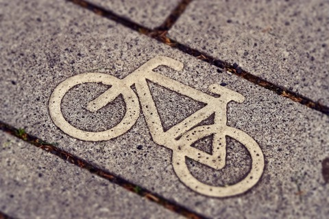 cycle-path-3444914_1920