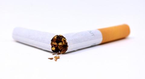 cigarette-3112660_1920