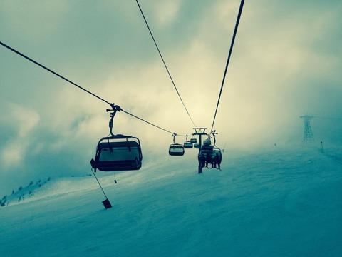 ski-lift-336534_1920
