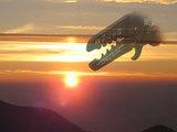 PA-09夕陽をバックに