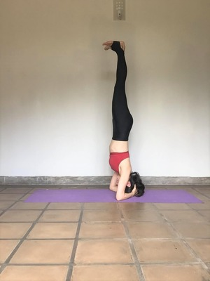headstand (2)