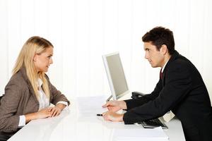 スタッフとの信頼、好感度で更に稼げる