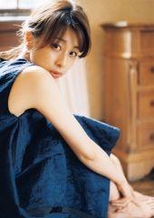 加藤綾子アナが「文春」で初グラビアきたあああぁぁぁぁぁ!!wwwwww