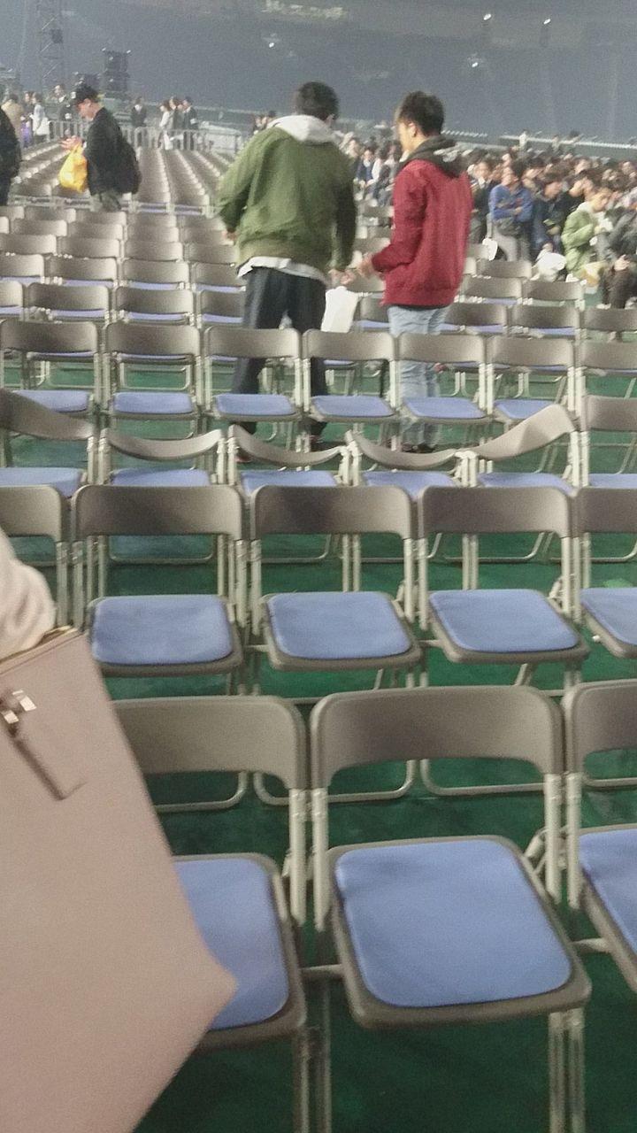 【事件】乃木坂46ライブで重さ40kgのカメラが客席に落下 男性3人が負傷 YouTube動画>11本 ->画像>429枚