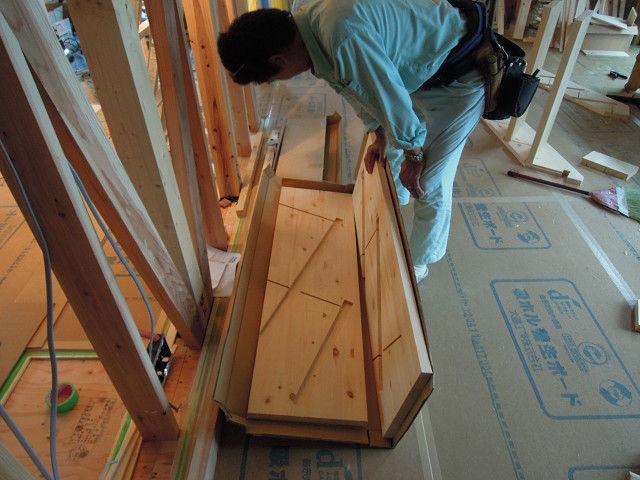 階段組立 (2)