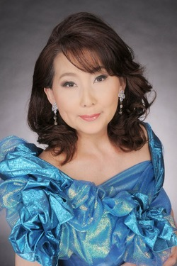 恵美2012年プロフィール写真