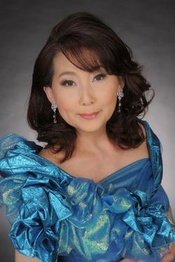 emiプロフィール写真2012