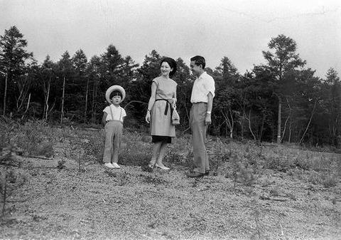 1965・8妊婦?