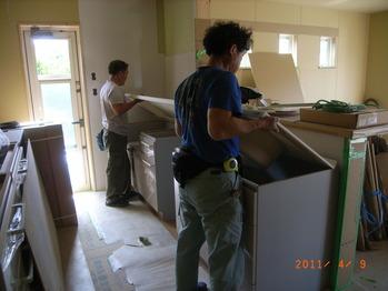 キッチンの組み立て