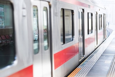 電車ドア (2)