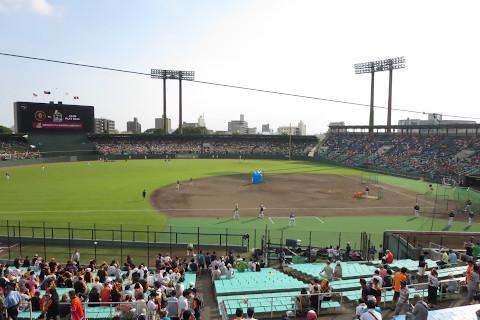 スタジアム:長良川球場