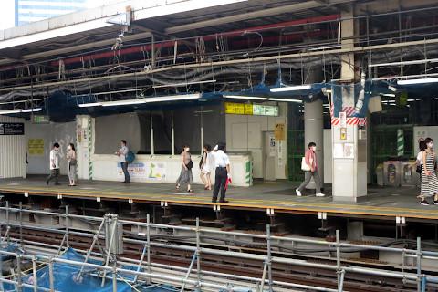 渋谷2番線