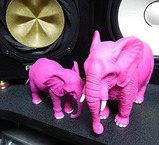 ピンクの子象