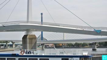 八景島駅歩道橋 9