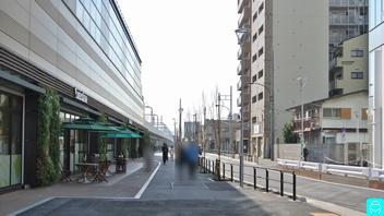 クイーンズ伊勢丹 1