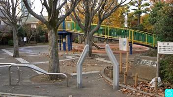 泉こぶし公園 1