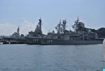 護衛艦やまゆき・ゆうぎりと試験艦あすか