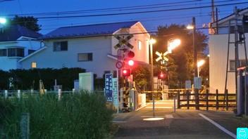 上石神井 4 号踏切 2