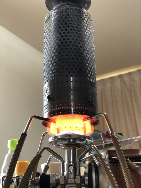 ST310に乗せた石油ストーブの燃焼筒