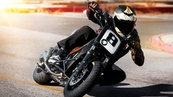 2012-Yamaha-TMAX-Hyper-Modified-by-Roland-Sands-EU-NA-Action-002
