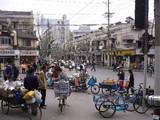 長楽路と襄陽北路の交差点風景