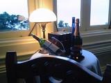 窓側のテーブル席@マーロウ