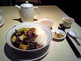 牛肉野菜かけ御飯@中国飯店