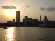 横浜みなとみらい21の夕景