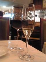 2杯目は赤ワイン@サラファン