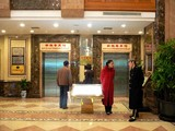 Elevator to Sun Ya Cantonese Restaurant
