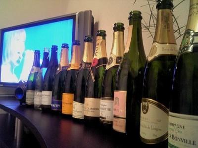 シャンパーニュ10本とスパークリングワイン1本